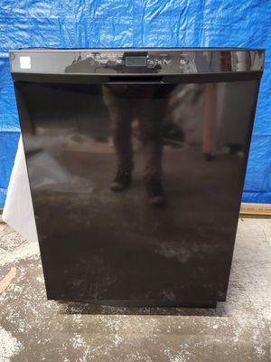 New black Kenmore dishwasher good working conditions for $149 for Sale in Denver, CO