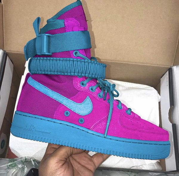 Nike Air Force One's High Top