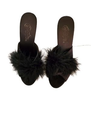 High heel slippers for Sale in Buffalo, NY