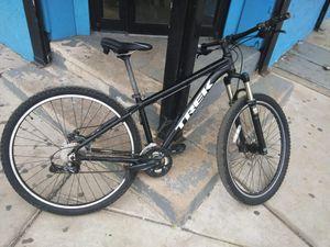 Trek mountain bike 29inch for Sale in Camden, NJ