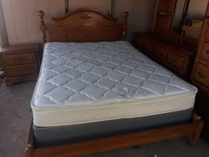 Queen Bedroom Set for Sale in Georgetown, TX