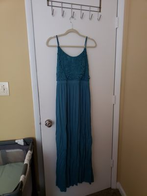 Dress M for Sale in Duluth, GA