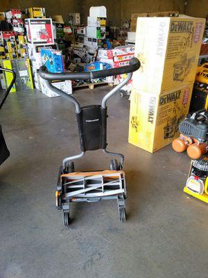 Fiskars 18 inch push reel lawn mower for Sale in Phoenix, AZ