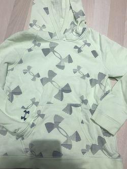 Under Armour Kid Youth Medium Hoodie Sweatshirt for Sale in Queens,  NY