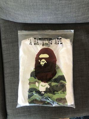 Bape camo shirt size L for Sale in Bedford Park, IL