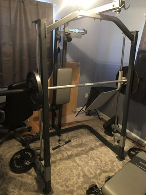 Marcy platinum 3100 weight machine with 200+ weight set for Sale in Atlanta, GA