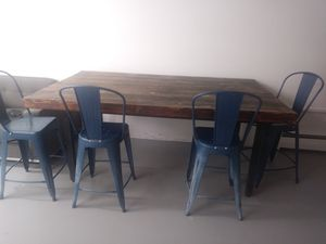 Patio/outdoor table and chairs for Sale in Englewood, CO