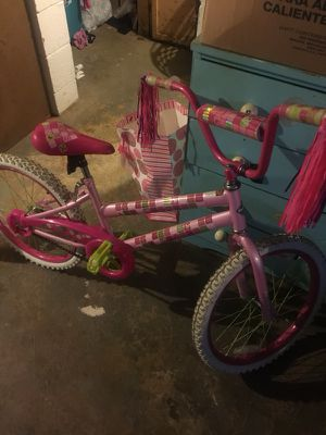 2 girls bikes. One is like new. Great condition for Sale in Columbus, OH