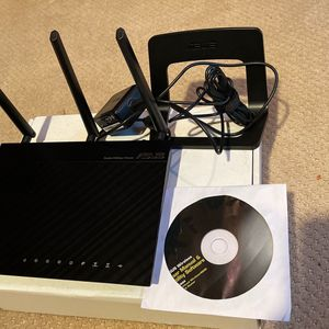 ASUS RT-N66R Dual Band Double 450 Mbps Wireless Router Top Rated for Sale in Redmond, WA