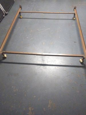Adjustable Rails for queen, full or twin Sized. for Sale in Orlando, FL