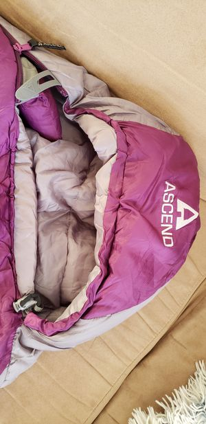 Sleeping bag ASCEND for Sale in San Diego, CA