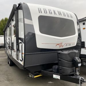 2021 Forest River Rockwood Ultra Lite 2608s for Sale in Monroe, WA
