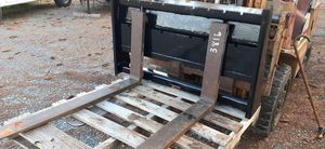 Skid steer pallet Fork attachment for Sale in Mercersburg, PA