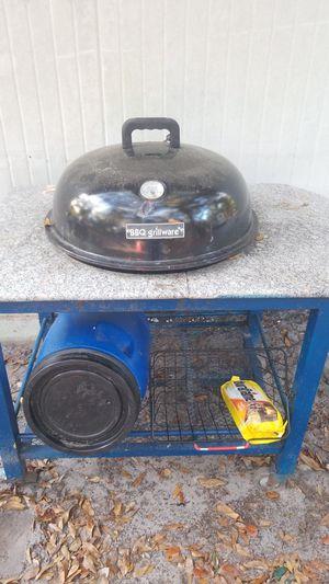 BBQ grill for Sale in DeLand, FL