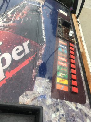 Soda machine for parts not working for Sale in Rosemead, CA