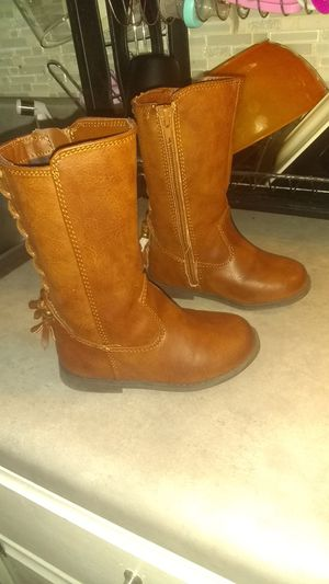 Brand New brown boots with tassels size 7t girls for Sale in St. Louis, MO