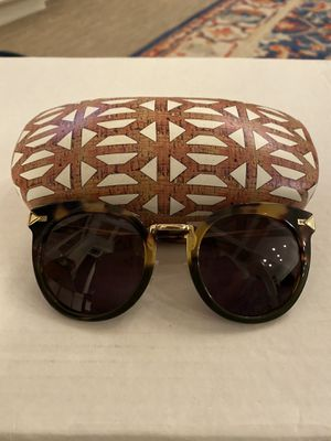 Stella & Dot Women's Tortoise Sunglasses and Case for Sale in Issaquah, WA