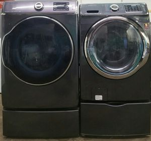 Samsung Steam washer end dryer front load with pedestals for Sale in Gallatin, TN