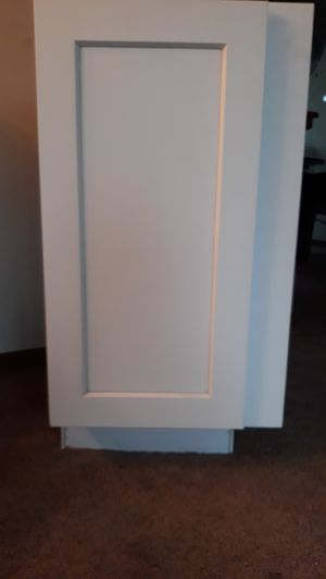 Kitchen cabinet for Sale in Wichita, KS