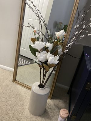 Flower arrangement with base for Sale in Columbia, MD