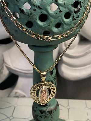 "Gold Plated Hearts Virgin Mary Pendant With Chain Necklace 24"" 4mm for Sale in Nashville, TN"