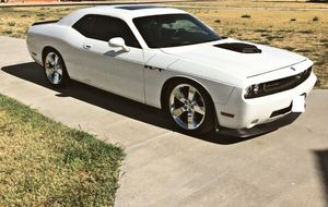 🌹 I sell URGENT my car 2009 Dodge Challenger Sport Runs and drives great! Clean title.🍂 for Sale in Arlington, VA