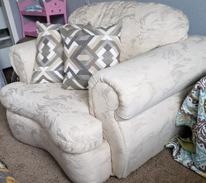 "OVERSIZED Chair 40""× 39""× 36"" height for Sale in Arvada, CO"