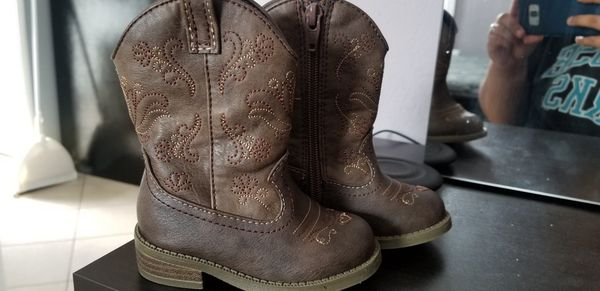 Cow girl boots size 5 toddler