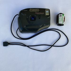 Canon point and shoot *W/ FREE ROLL OF FILM* for Sale in South Gate, CA