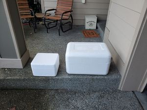 Free foam coolers for Sale in Puyallup, WA