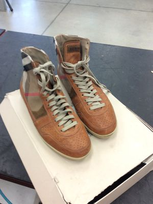 Men's Burberry shoes for Sale in Houston, TX