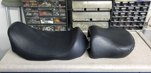 Harley Davidson Solo Ostrich Seat & Passenger Seat for Sale in Alta Loma, CA