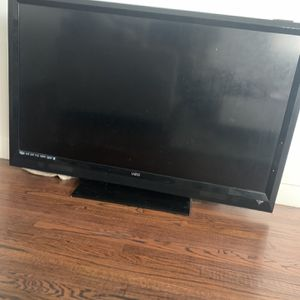 58 Inch TV for Sale in Los Angeles, CA