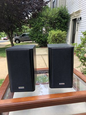 Onkyo bookshelf speakers for Sale in Germantown, MD