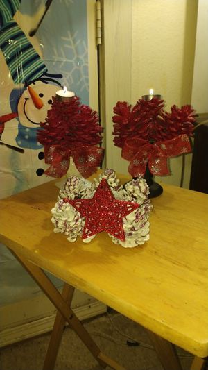 ELEGANT CHRISTMAS CANDLE HOLDERS for Sale in Albuquerque, NM