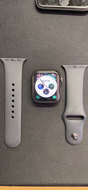 Apple Watch series 5 LTE 40 MM for Sale in Rochester, MI