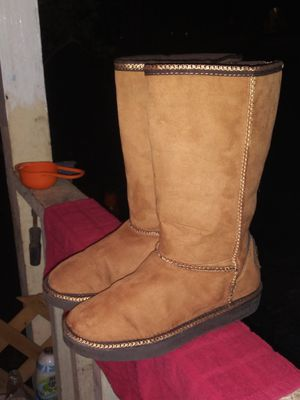 Sketcher's boots sz 2 in girls. for Sale in CORP CHRISTI, TX