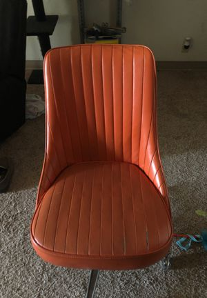 Chair for Sale in Sioux City, IA