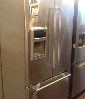 New open box kitchen aid refrigerator KRFC400ESS for Sale in Hawthorne, CA