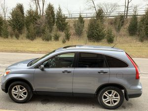 Honda CRV 2.4L EX 4WD 5-SPEED SPORT 2011 for Sale in Glendale Heights, IL
