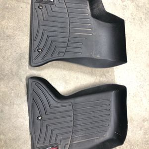 WeatherTech front floor liners for 2018 Chrysler 300 AWD. for Sale in Bloomington, IL
