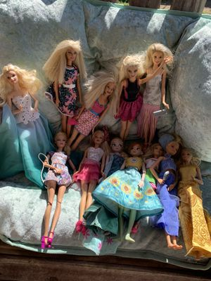 Barbies for Sale in Bloomington, CA