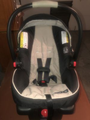 Graco Snugride 35 travel set for Sale in Edmond, OK