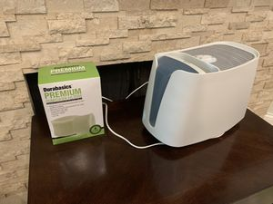Honeywell Cool Mist Humidifier with 4 Extra Filters for Sale in El Segundo, CA