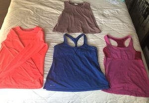Work Out Clothes 4 Piece Set for Sale in Fremont, CA