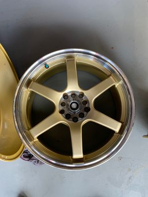 Gold universal rims for Mitsubishi Evo and more for Sale in Los Angeles, CA