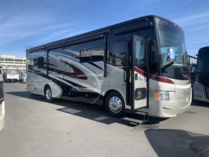 This won't last! 2017 Tiffin Allegro 33AA Low miles! for Sale in Seal Beach, CA