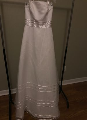 NWT White Wedding Dress Gown Size 4 for Sale in Graham, NC
