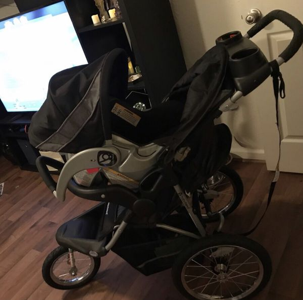 Baby Trend Expedition Jogger with car seat compatible