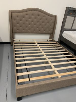 New Brown Platform Bed Frame : Mattress Set Sold Separately : No Box Spring Required : Bedroom Set Available for Sale in San Leandro, CA